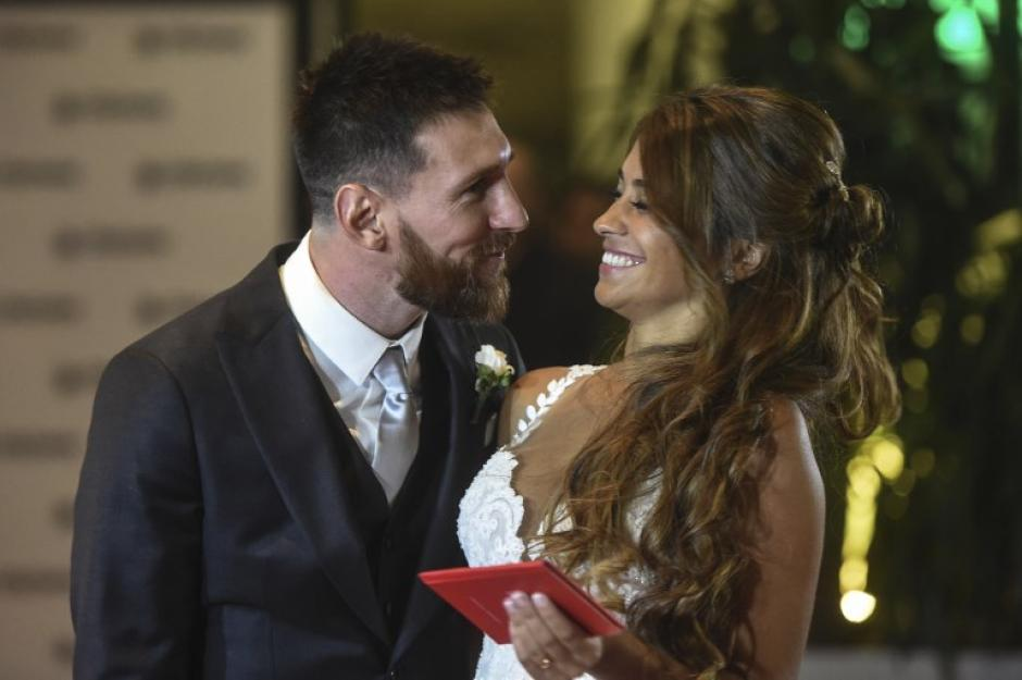 La felicidad desbordó a la pareja más acechada en Argentina. (Foto: AFP)