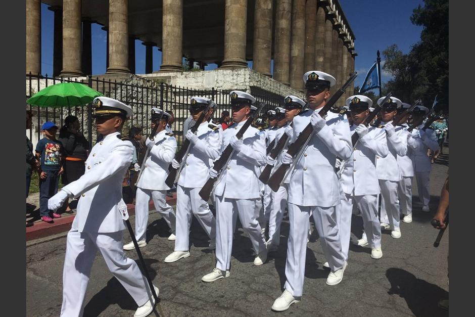 En el desfile participaron todas las unidades que integran el Ejército de Gautemala. (Foto: AGN)