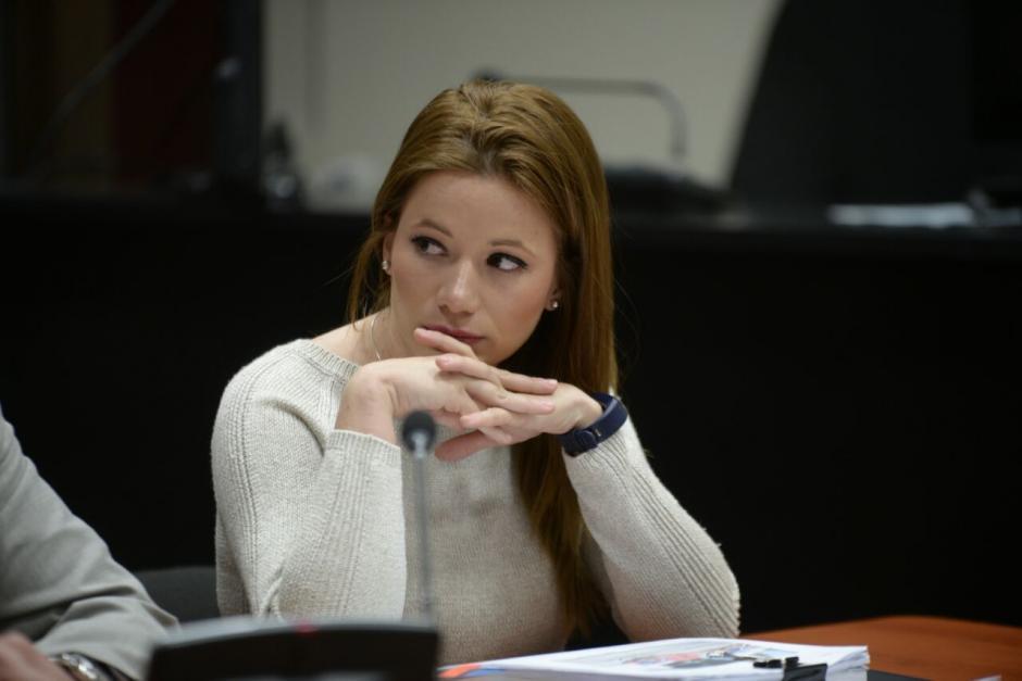 Daniela Beltranena, exdiputada del PP, llegó a la Torre de Tribunales por una audiencia en el caso Cooptación del Estado. (Foto: Wilder López/Soy502)