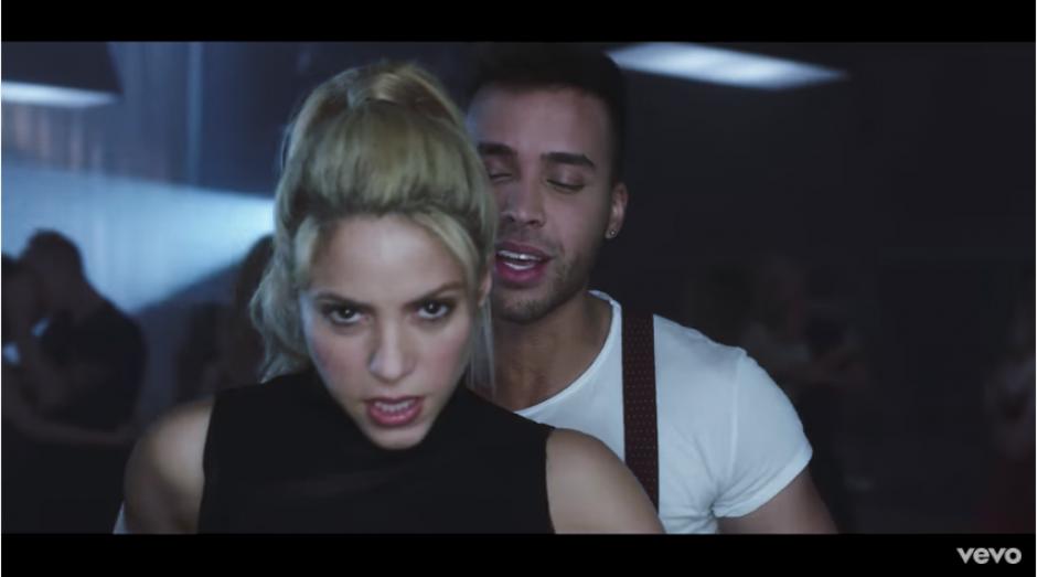 Shakira y Prince Royce prometen arrasar con su nuevo video. (Captura YouTube)