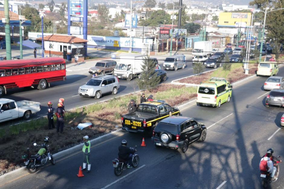 Un hombre de unos 30 años fue atropellado y su cuerpo localizado horas después del suceso. (Foto: Bomberos Municipales)