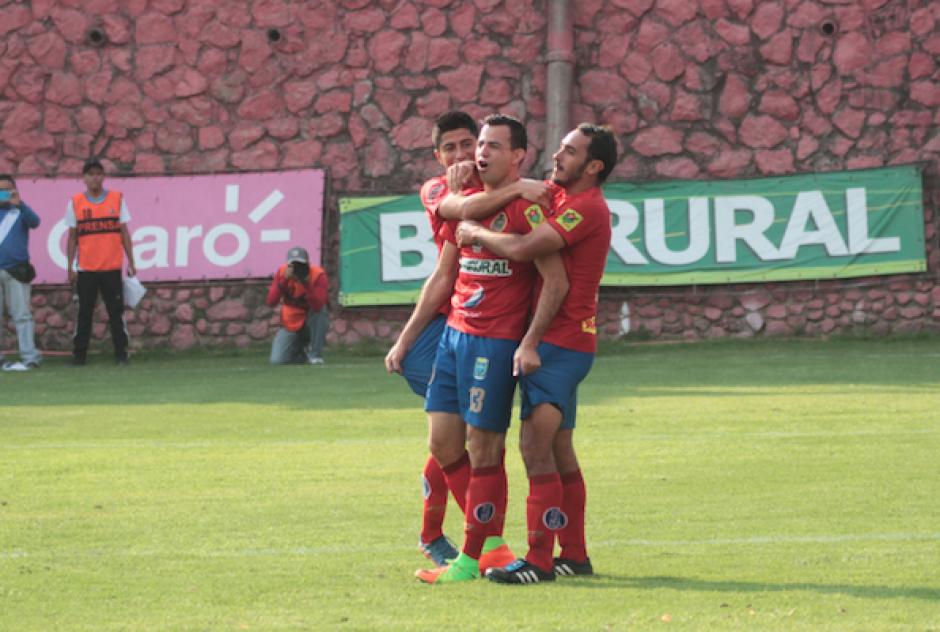 Marco Pablo neceitaba el gol para recobrar la confianza. (Foto: Soy502)
