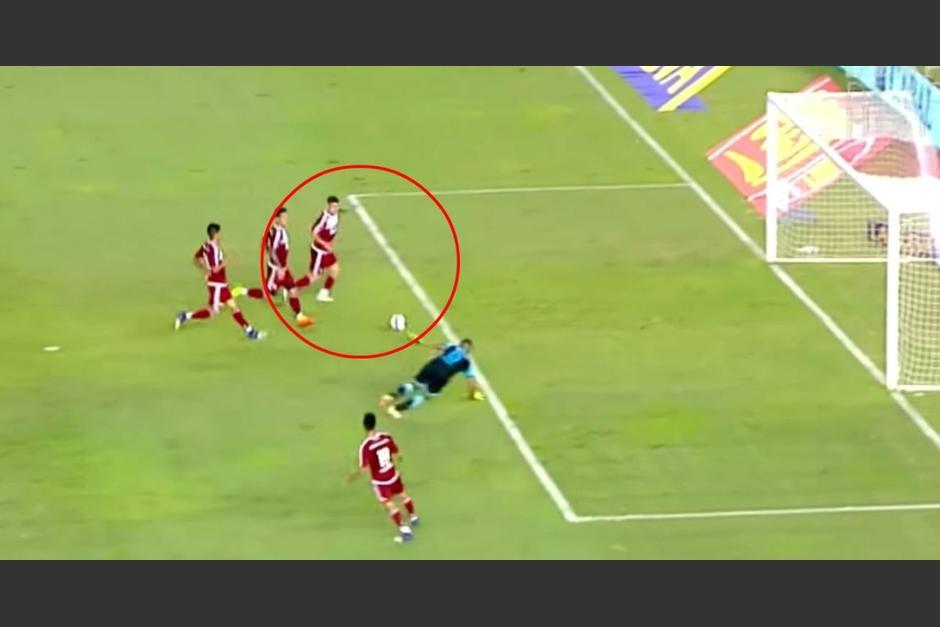 La panorámica del error del jugador de River Plate contra Belgrano. (Foto: Twitter)