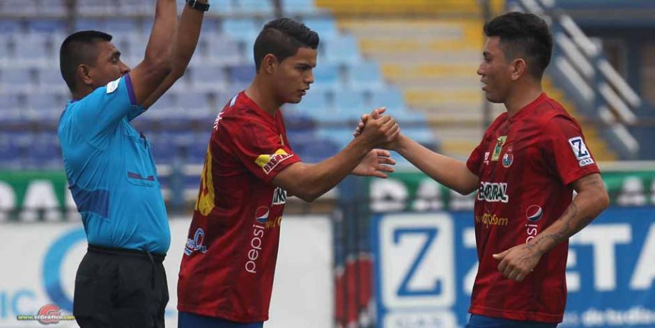 Kevin Santamaría  y Marco Tulio Ciani también cumplen su suspensión. (Foto: Soy502)