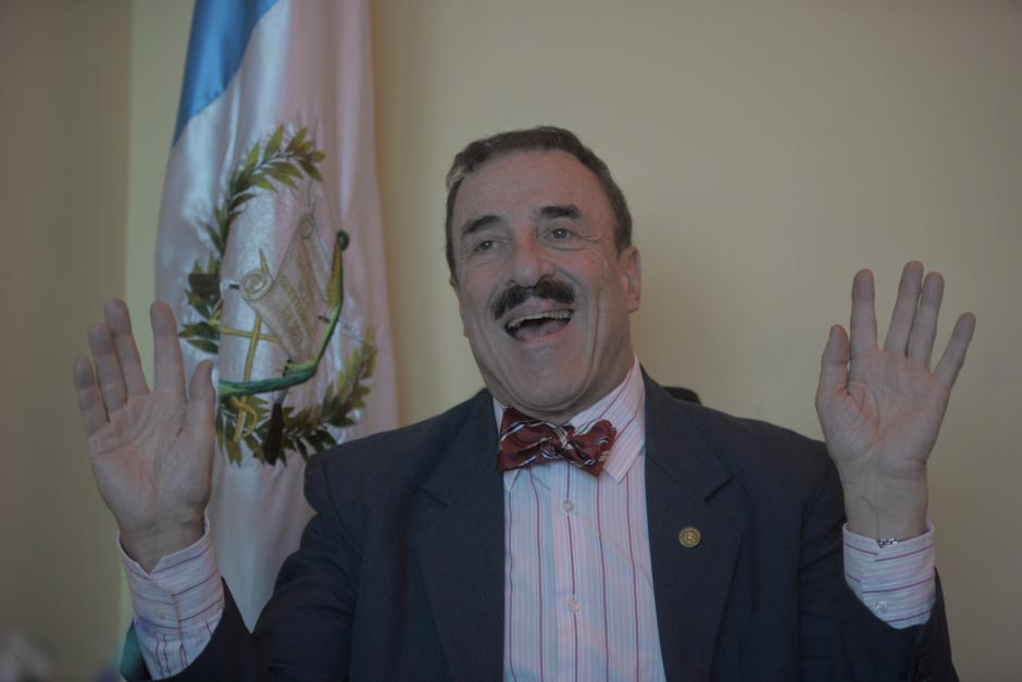 Fernando Linares Beltranena sabe que varios de los temas que propone son impopulares. (Foto: Wilder López/Soy502)