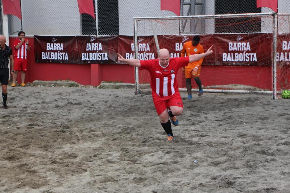 El festejo eufórico de MisterChip tras anotarle un gol a Panamá. (Foto: Adán de Gracia/Fepafut)