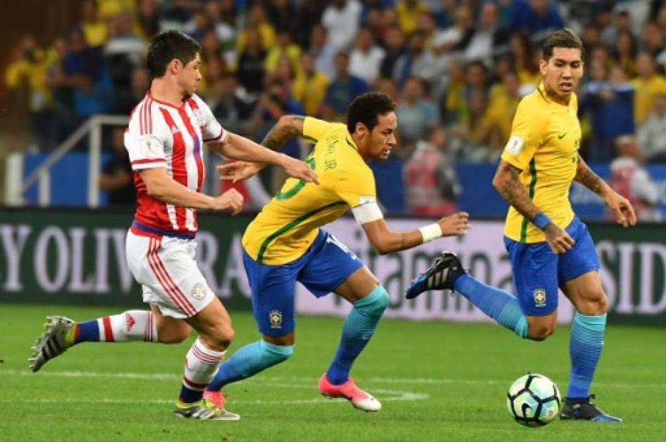 Ney jugó un gran partido frente a los paraguayos. (Foto: AFP)