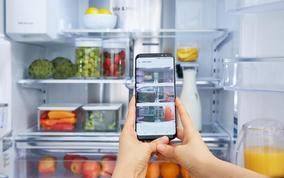 Al asistente se le puede ordenar que identifique un producto en determinado lugar, en la refrigeradora por ejemplo. (Foto: El País)