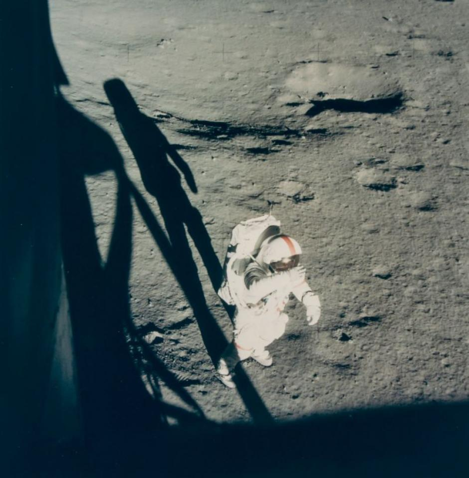 Alan Shepard en la superficie de la Luna durante la misión Apolo 14 en febrero de 1971. (Foto: NASA)
