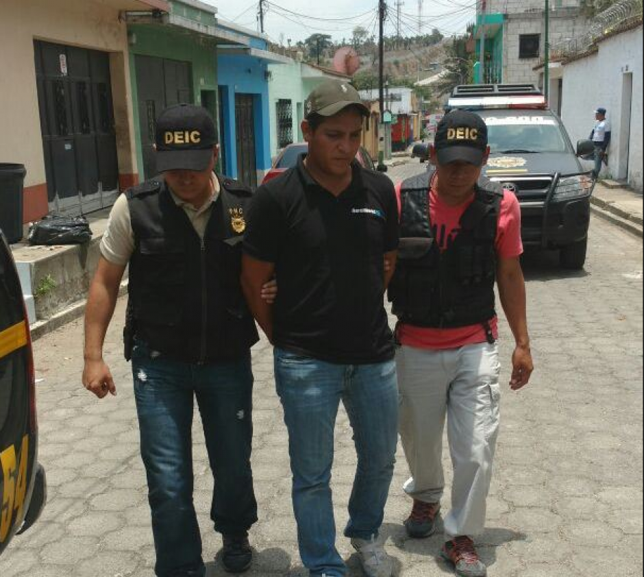 Durante los operativos también se detuvo a Rodrigo Meléndez, quien también es señalado de violación. (Foto: PNC)