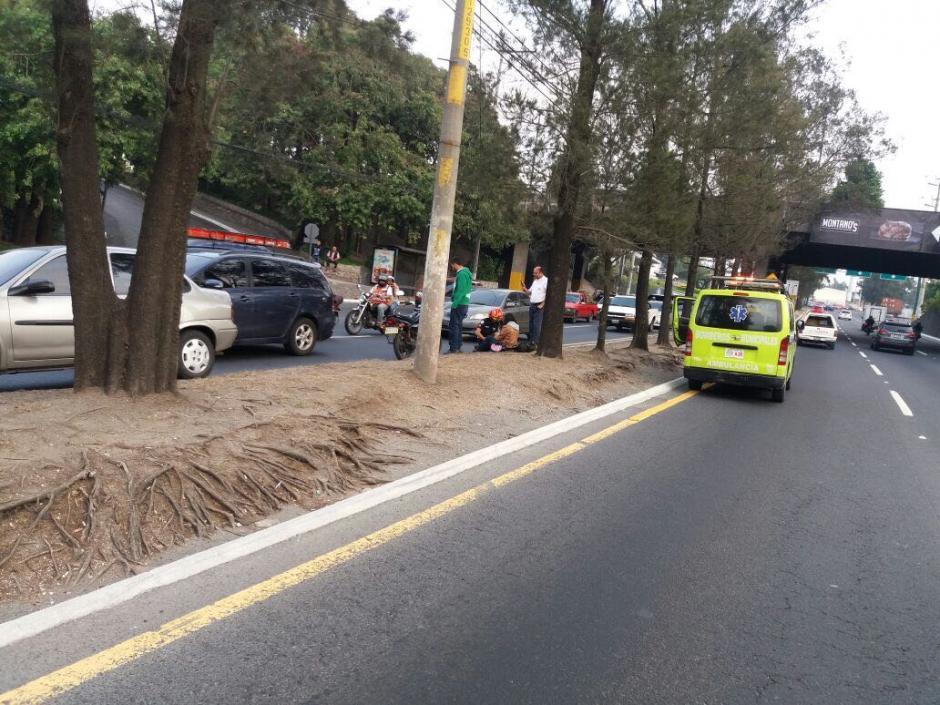 Un accidente genera complicaciones en la movilidad vehicular. (Foto: Amilcar Montejo/PMT)