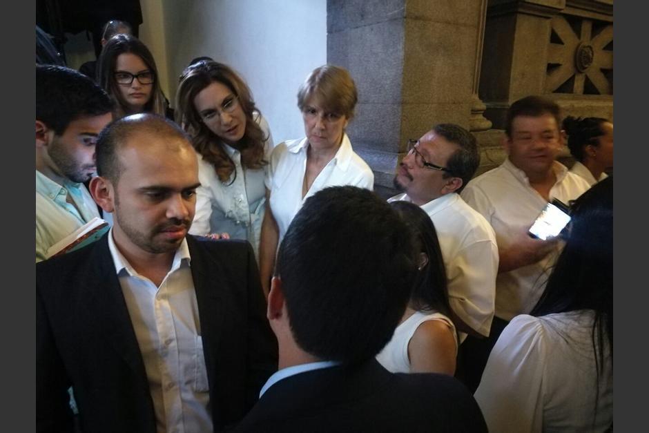 Los opositores llegaron en mayor número al Congreso. (Foto: Wilder López/Soy502)
