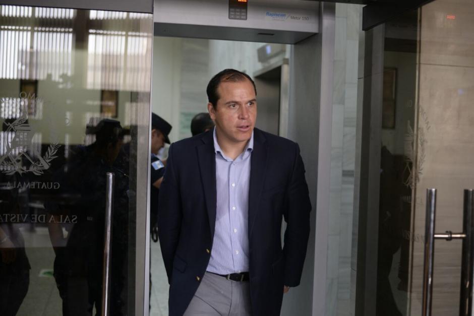 El exjugador Dwight Pezzarossi pidió al juez Miguel Ángel Gálvez salir de la cárcel. (Foto: Wilder López/Soy502)