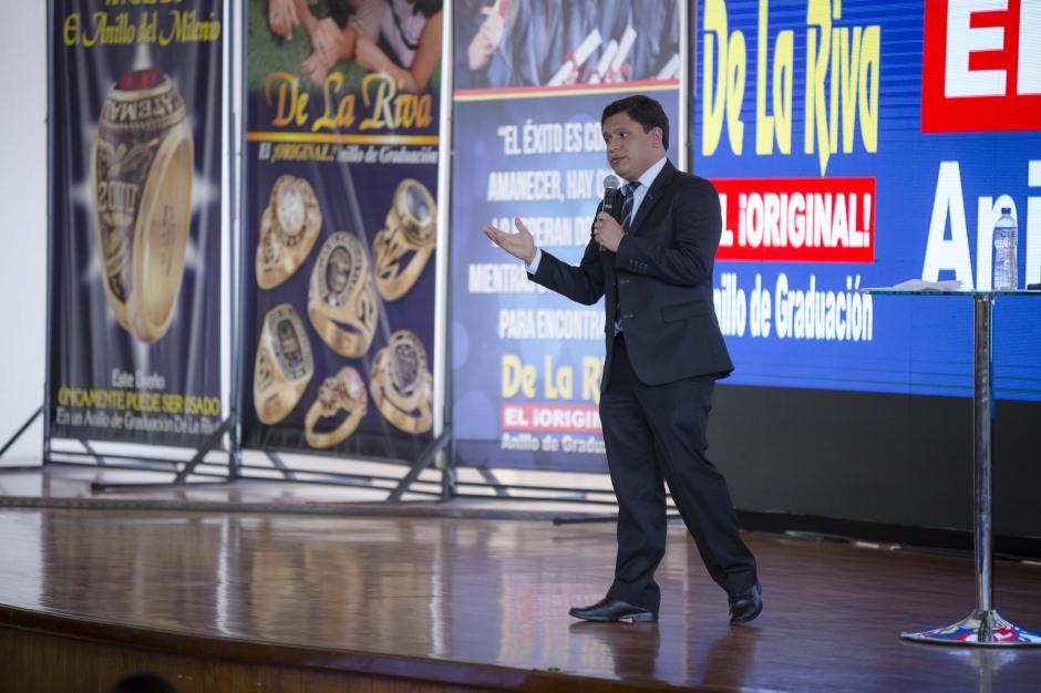 Uno de los motivadores compartió su ejemplo de éxito con los jóvenes. (Foto: George Rojas/Soy502)