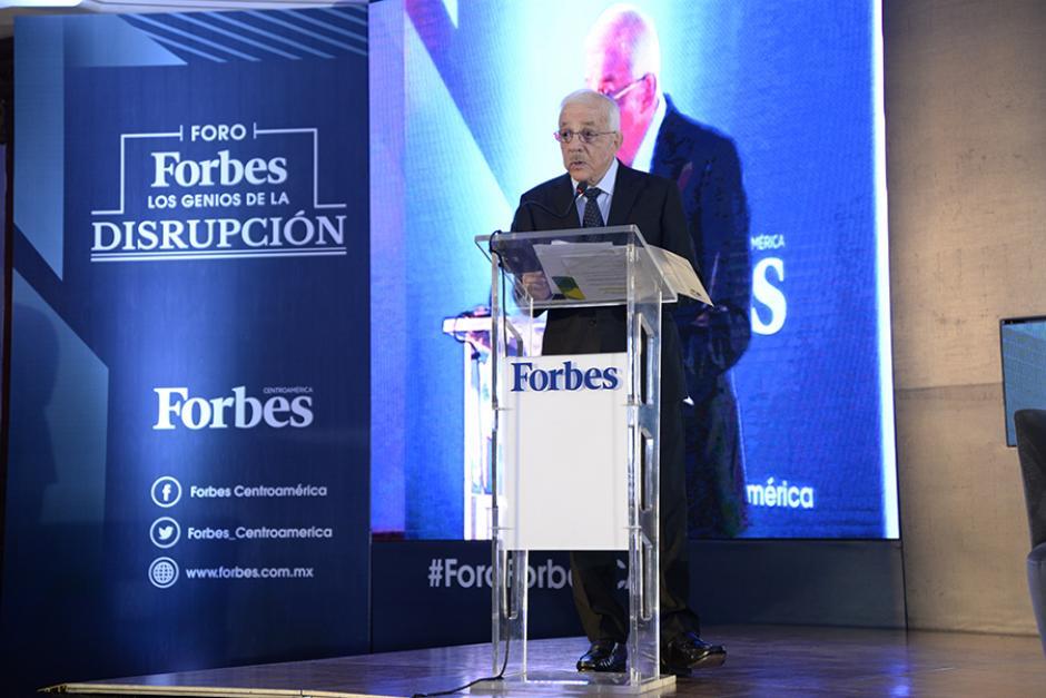 El presidente de Tigo, Mario López, destacó la importancia de invertir en educación, salud y tecnología. (Foto: Cecilia Vicente López/ND)