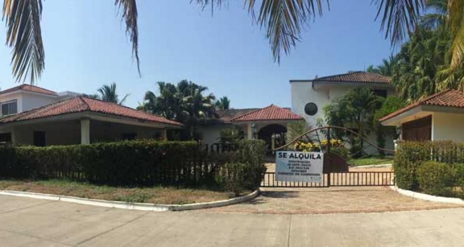 La vivienda de Roxana Baldetti se ubica en el condominio Juan Gaviota, Marina del Sur, en Escuintla.  (Foto: Senabed)
