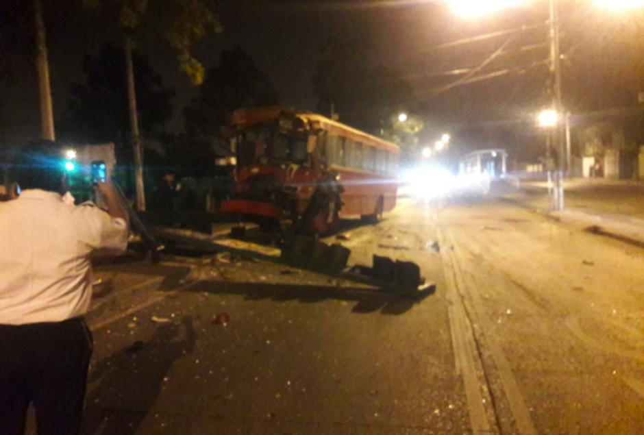 El accidente se reportó en el bulevar la Pedrera y  20 calle. (Foto: Amilcar Montejo/PMT)