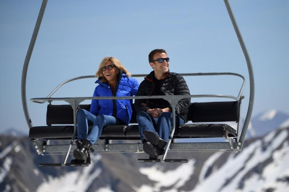 Brigitte tiene 64 años y su esposo 40. (Foto: AFP)