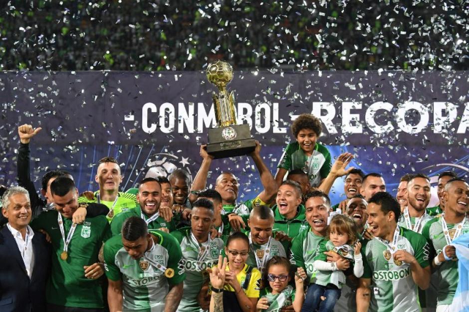 Atlético Nacional se coronó campeón de la Recopa Sudamericana.  (Foto: AFP)