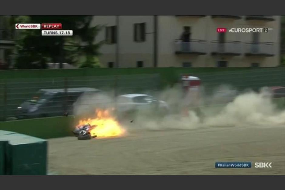 espeluznante accidente de Superbikes foto