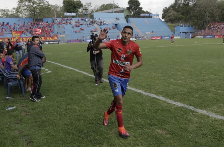 Albizuris fue despedido por su afición. (Foto: Alejandro Balán/Soy502)