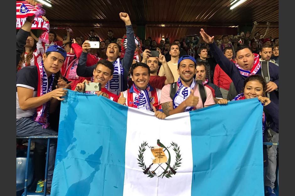 Los ganadores vivieron la semifinal de la Champions en las gradas del estadio Vicente Calderón. (Foto: cortesía Pepsi)