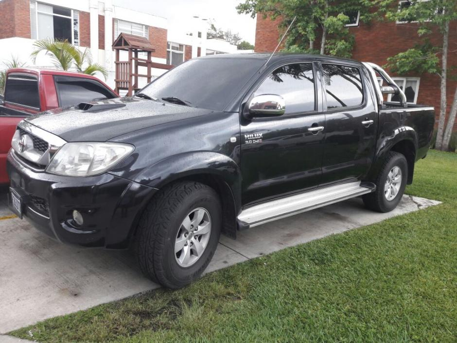 Vista del vehículo propiedad del abogado Benjamin Estrada, una nueva versión menciona que él pudo haber sacado a La Patrona en este carro. (Foto: PNC)