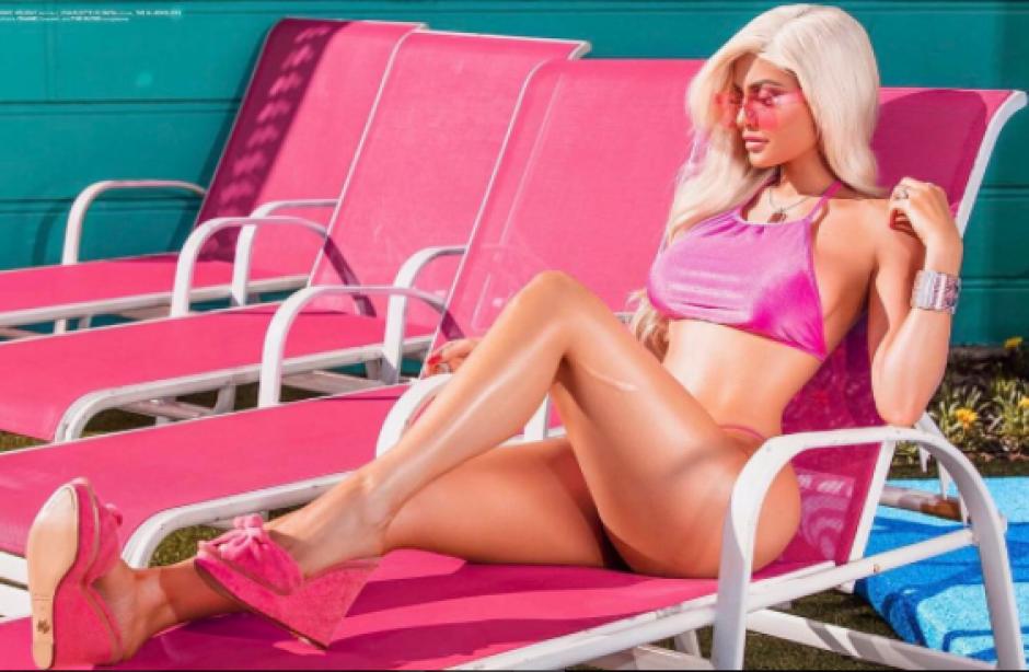 La bella Kylie Jenner se transforma en la sexy Barbie. (Foto: Instagram)