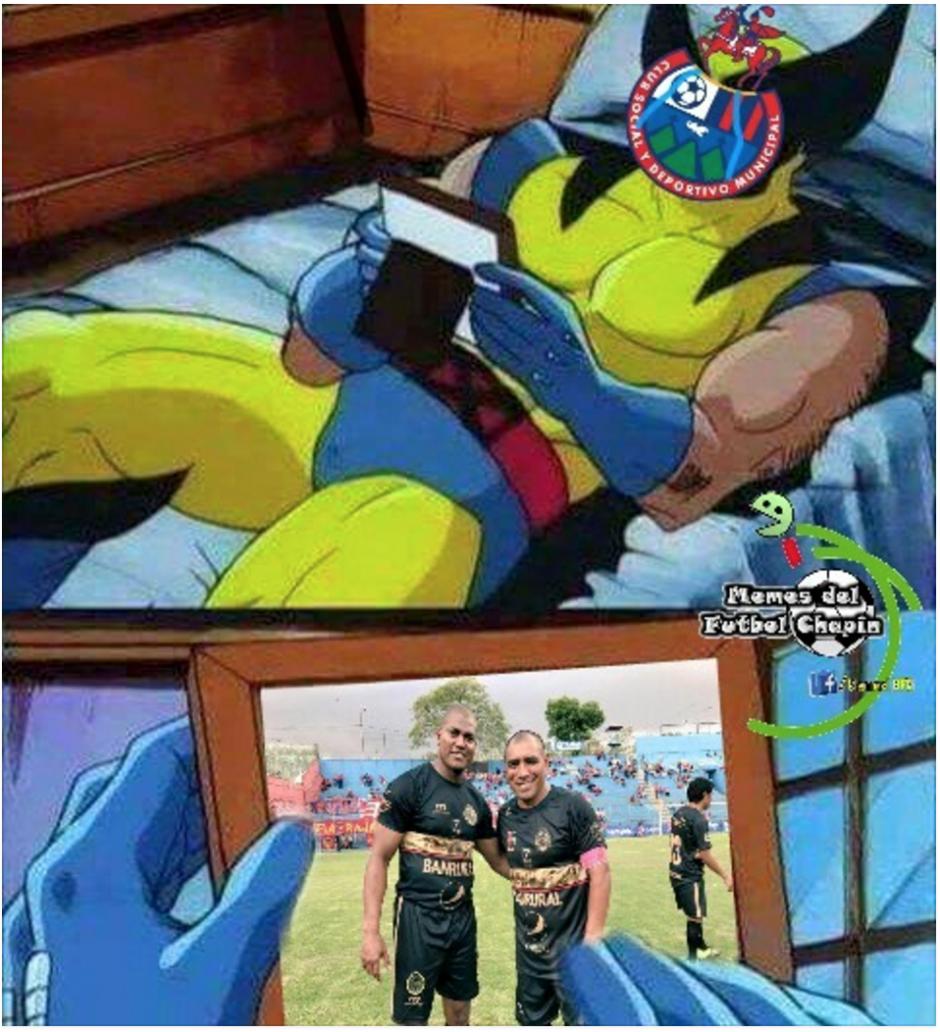 El regreso de los dos queridos delanteros rojos emocionó a los aficionados. (Foto: Memes del fútbol chapin)