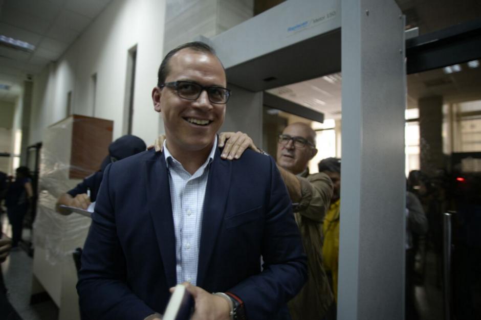 Pezzarossi sonríe, saldrá libre este mismo lunes. (Foto: Wilder López/Soy502)