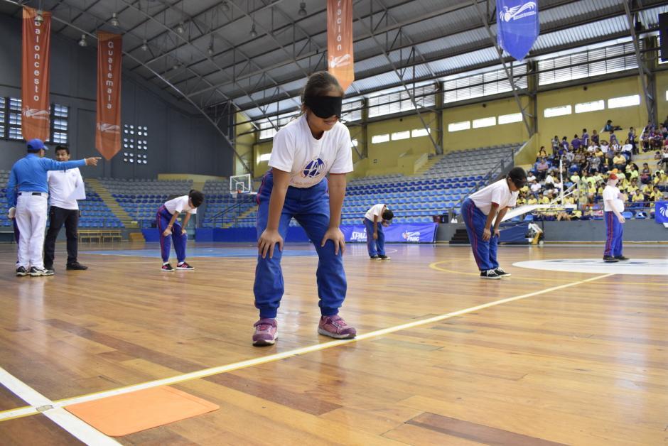 Todos los participantes tienen discapacidad visual o auditiva. (Foto: Adriana Ligorría/Soy502)