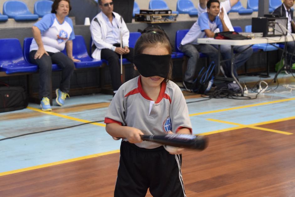 Durante la inauguración se realizaron algunas competencias como béisbol y atletismo. (Foto: Adriana Ligorría/Soy502)