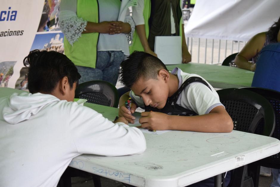 Puedes ir con tus amigos, tu colegio y tu familia al Festival Cultural del Paseo de la Sexta. (Foto: Adriana Ligorría/Soy502)