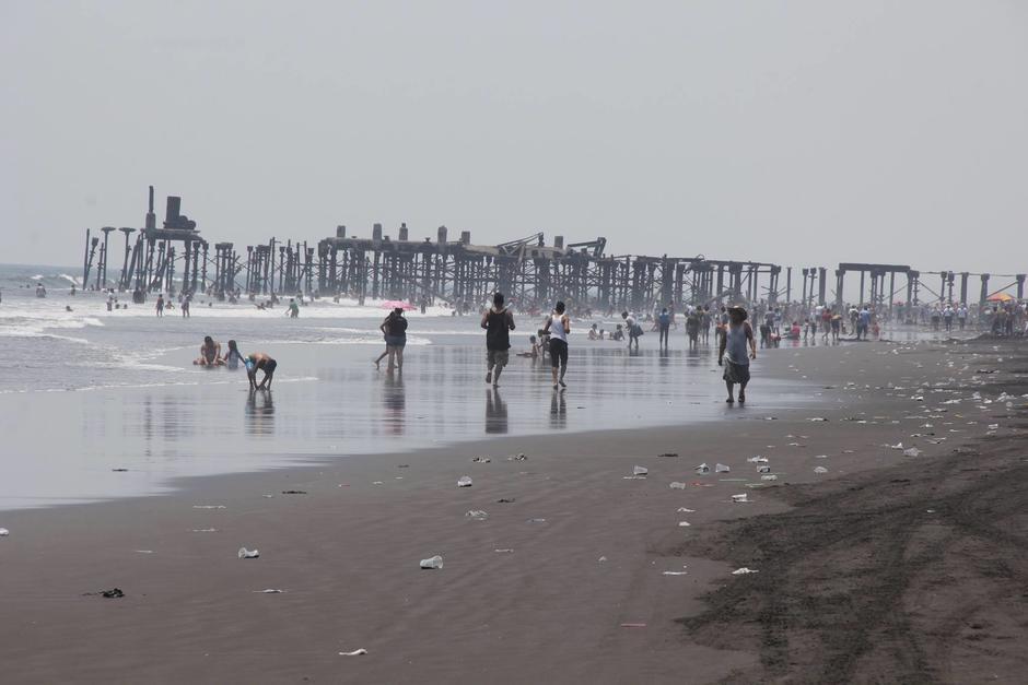 Uno de los principales lugares donde se observa basura es sobre las playas del país. (Foto: Archivo/Nuestro Diario)