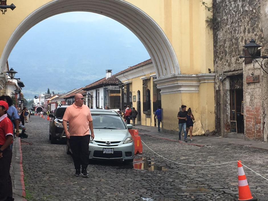 Ahora en la calle peatonal favorecen a los automovilistas. (Foto: Fredy Hernández/Soy502)