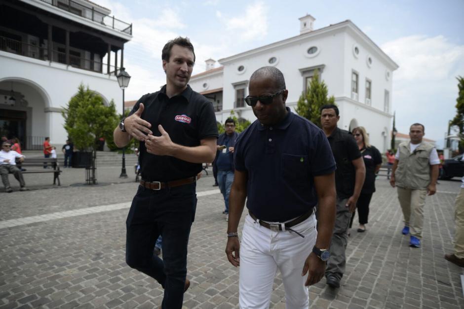 """Las declaraciones del diplomático fueron hechas durante un recorrido que realizó en la exposición """"Sabor USA"""". (Foto: Wilder López/Soy502)"""