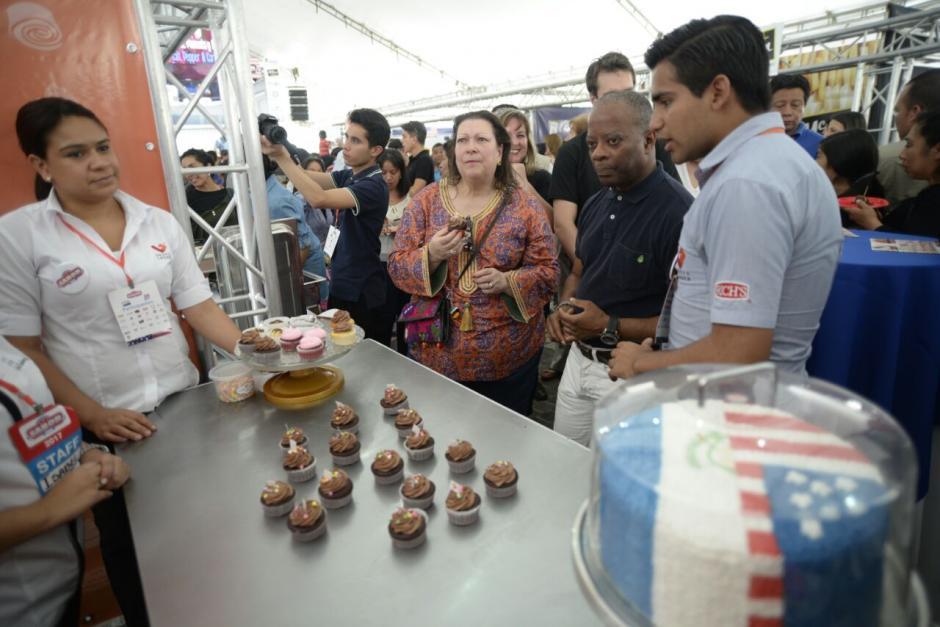 La actividad organizada por representantes estadounidenses se llevó a cabo en Paseo Cayalá. (Foto: Wilder López/Soy502)