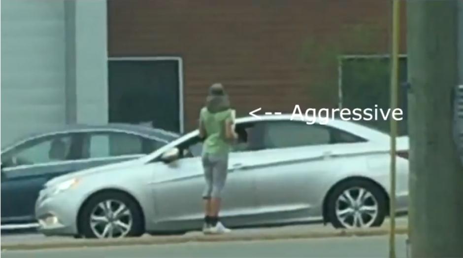 Cuando no le daban dinero, se ponía agresiva. (Foto: captura YouTube)