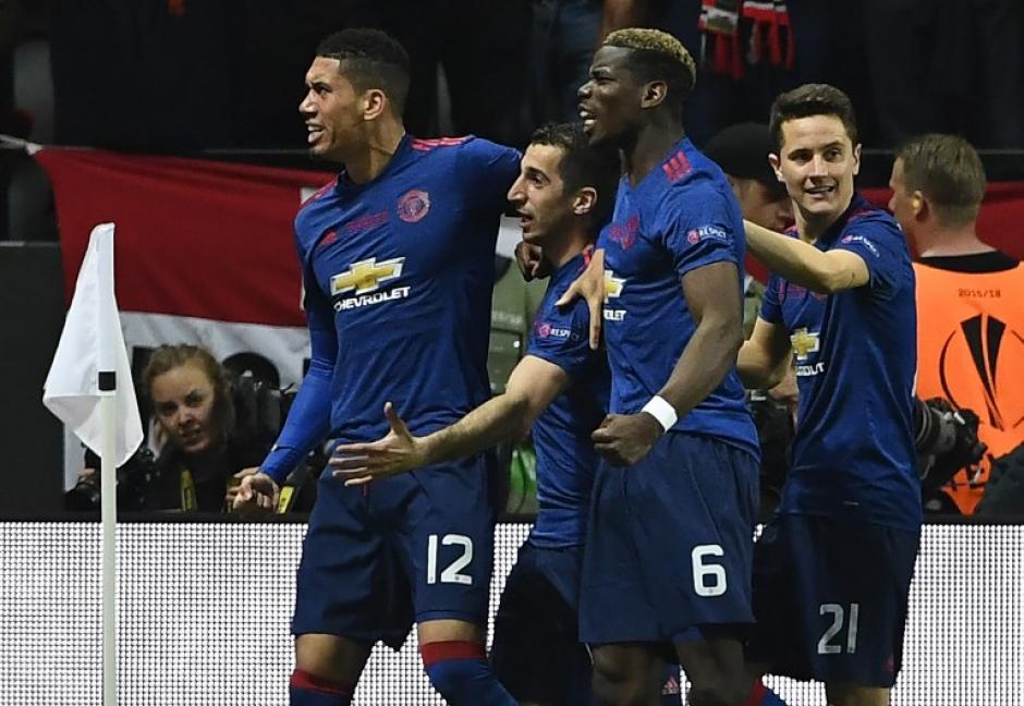 Los dirigidos por Mourinho demostraron su poderío en el campo de juego. (Foto: AFP)