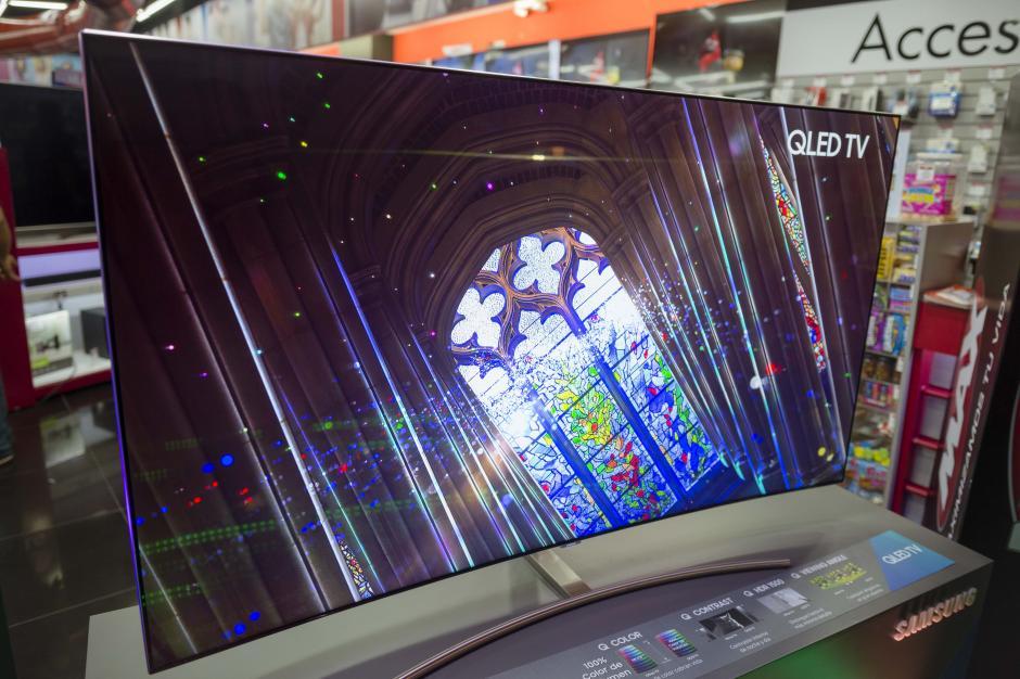 El ángulo de visión de la QLED TV permite verla sin reflejos desde cualquier lugar de la habitación. (Foto: George Rojas/Soy502)