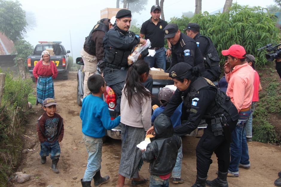75 familias han regresado a sus viviendas. (Foto: PNC)