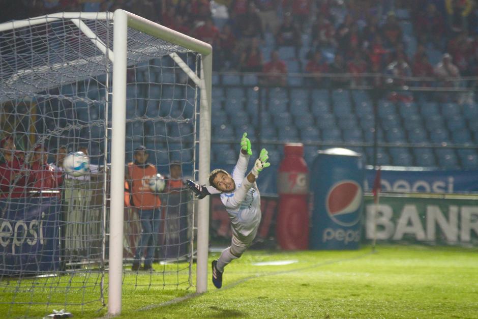 Carlos Kamiani abrió el marcador al minuto 30. (Foto: Luis Barrios/Soy502)