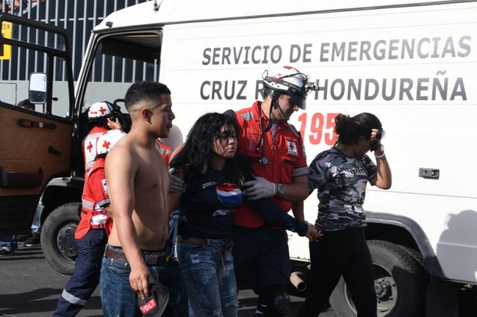 Los socorristas trasladaron a los heridos al hospital local. (Foto: AFP)
