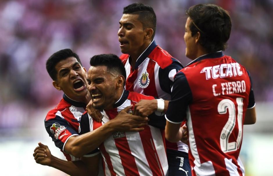 Los jugadores de Guadalajara festejaron la victoria. (Foto: AFP)