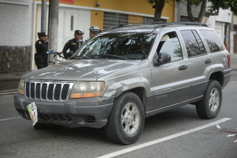 El cierre vehicular en el Periférico es hacia la zona 6. (Foto: Wilder López/Soy502)