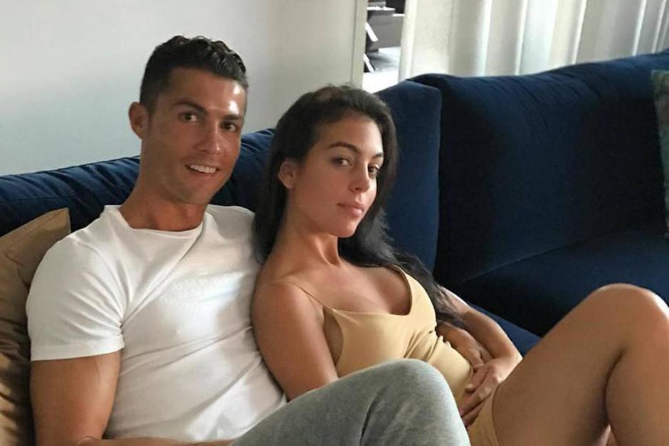Cristiano Ronaldo y su novia esperan gemelos. (Foto: Twitter)