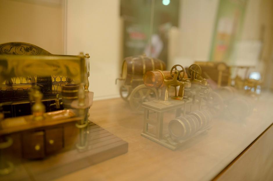 Parte de la colección del Museo Bodegas del Sigo XIX fue exhibida. (Foto: George Rojas/Soy502)