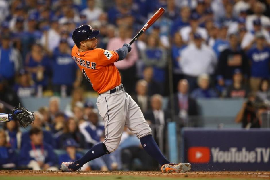 Los Astros supieron imponerse a la presión en Los Ángeles. (Foto: AFP)