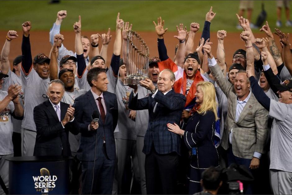 Los Astros de Houston vencieron a los Dodgers en la Serie Mundial. (Foto: AFP)