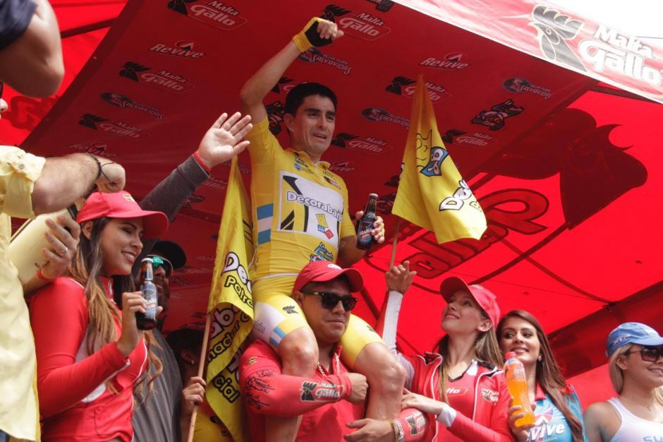 Rodas festejó por todo lo alto su victoria. (Foto: Fredy Hernández/Soy502)